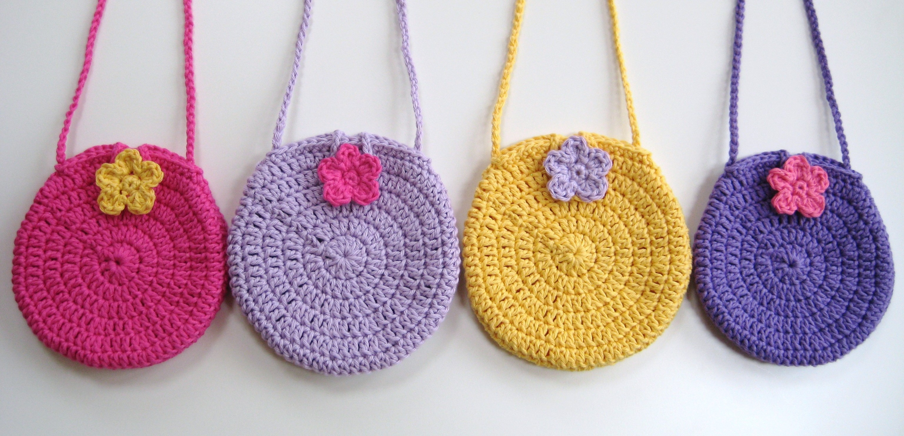 Crochet bag, Easy round circle bag, Pattern No3, with long strap, in both UK and US crochet terms