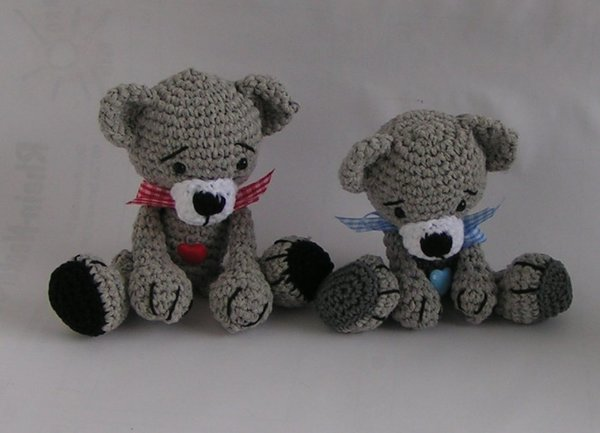 Bears Babsi and Bert crochet pattern