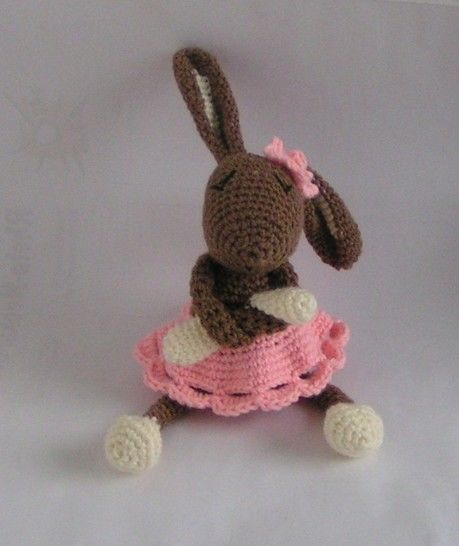 "Bunny girl ""Amy"" crochet pattern at Makerist - Image 1"