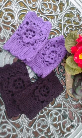 Rose Fingerless Crochet Gloves at Makerist - Image 1