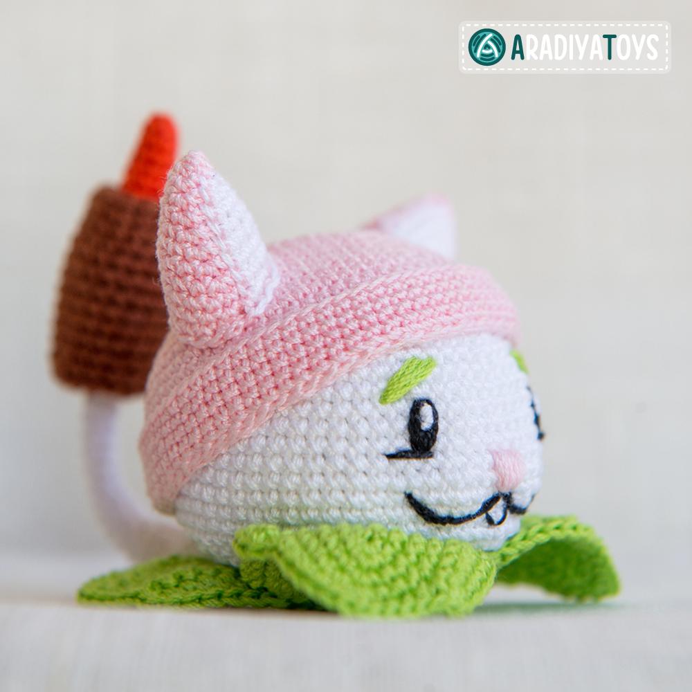 Crochet Pattern of Cattail by AradiyaToys