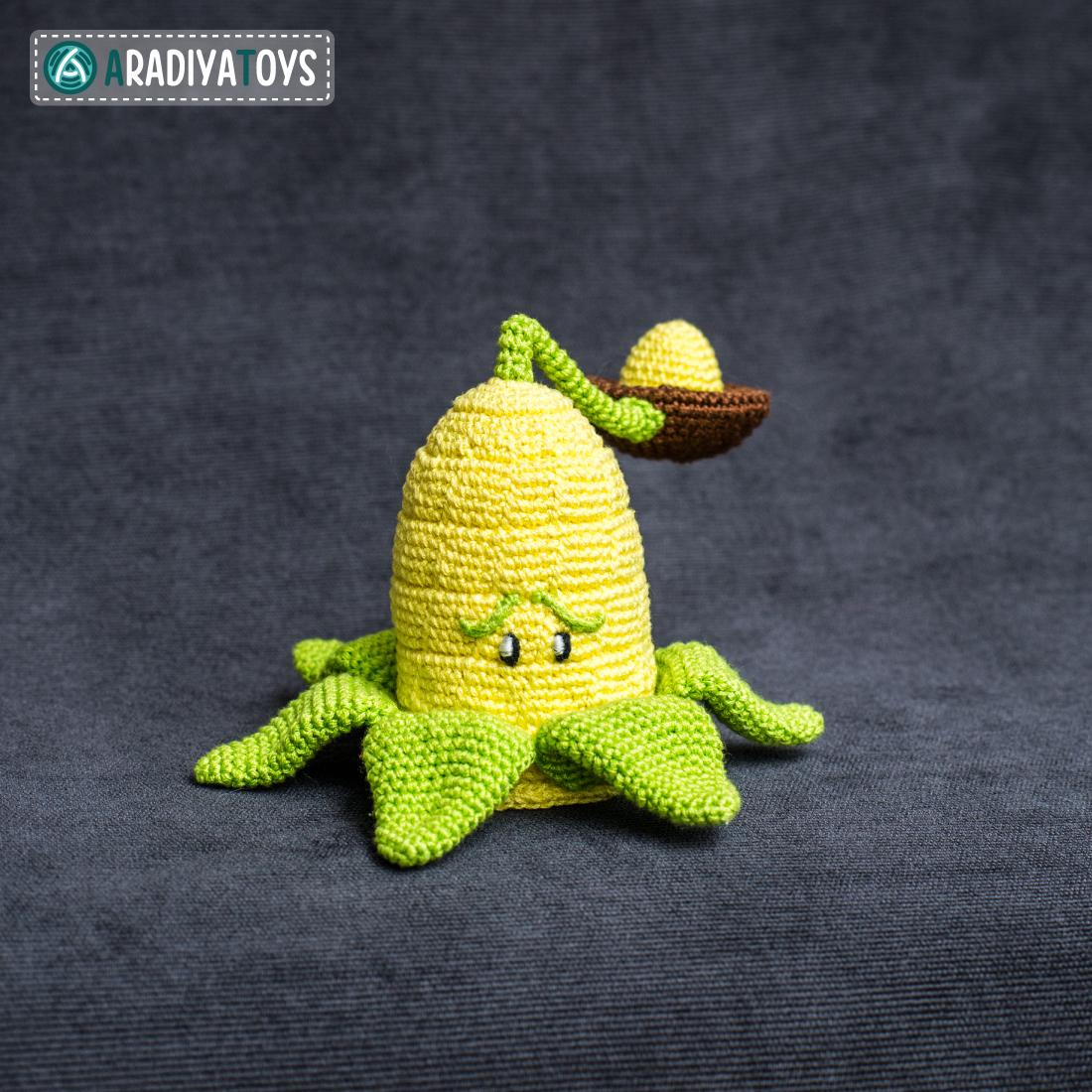 Crochet Pattern of Kernel-pult by AradiyaToys