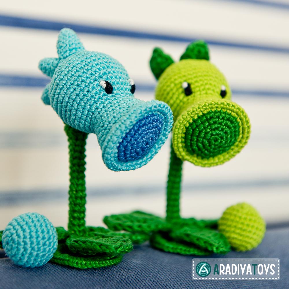 Crochet Pattern of Peashooter and Snow Pea by AradiyaToys