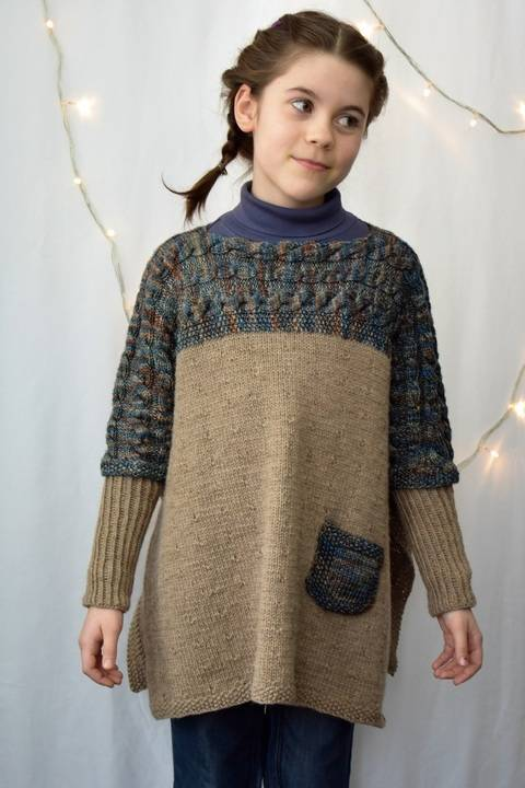 Altiplano Poncho knitting pattern at Makerist