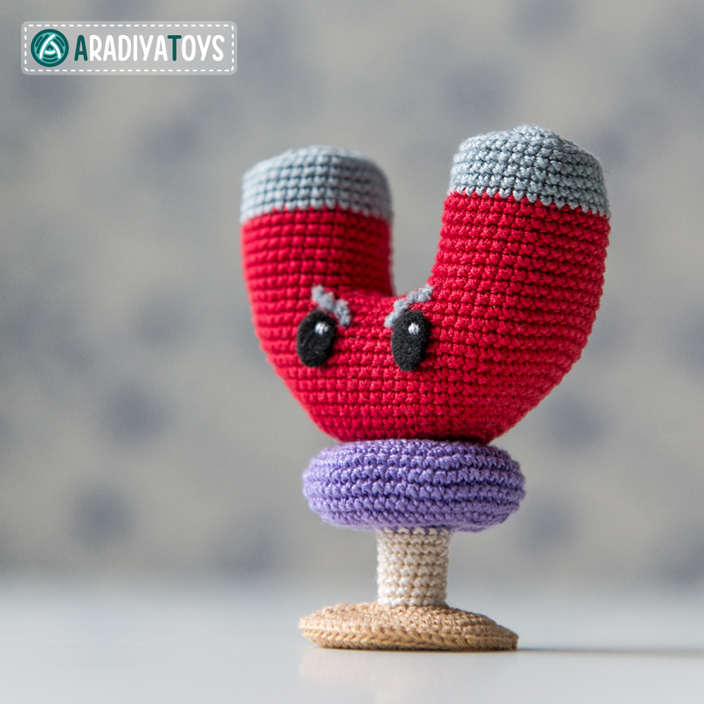 Crochet Pattern of Magnet-shroom by AradiyaToys