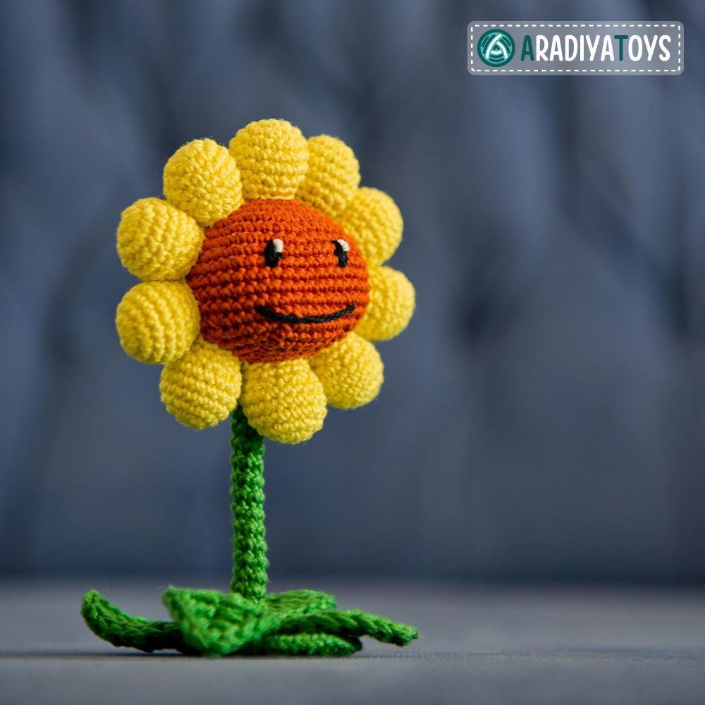 Crochet Pattern of Sunflower by AradiyaToys