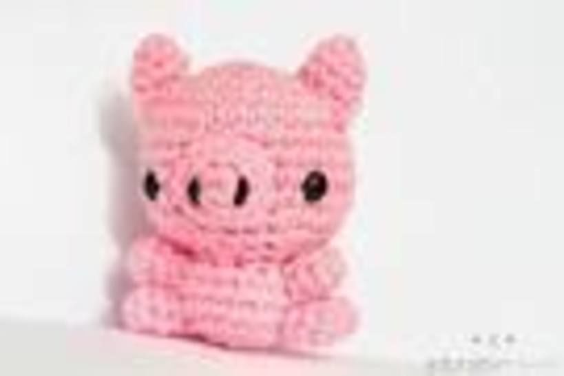 Mini Pig Amigurumi Crochet Pattern at Makerist - Image 1