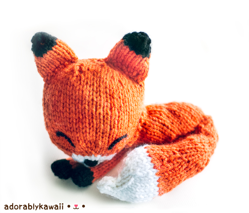 Knit Sleepy Fox Amigurumi Pattern
