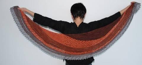 Capucine shawl (en)