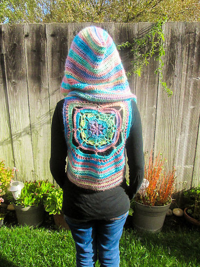 Fairy Hooded Vest Crochet Pattern at Makerist - Image 1
