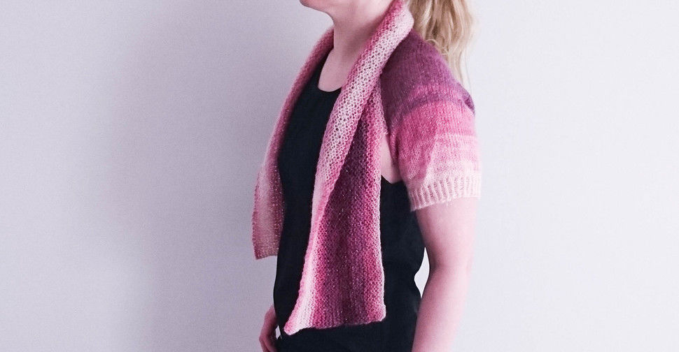 Versatile Miss Carter Shrug Knitting pattern at Makerist - Image 1