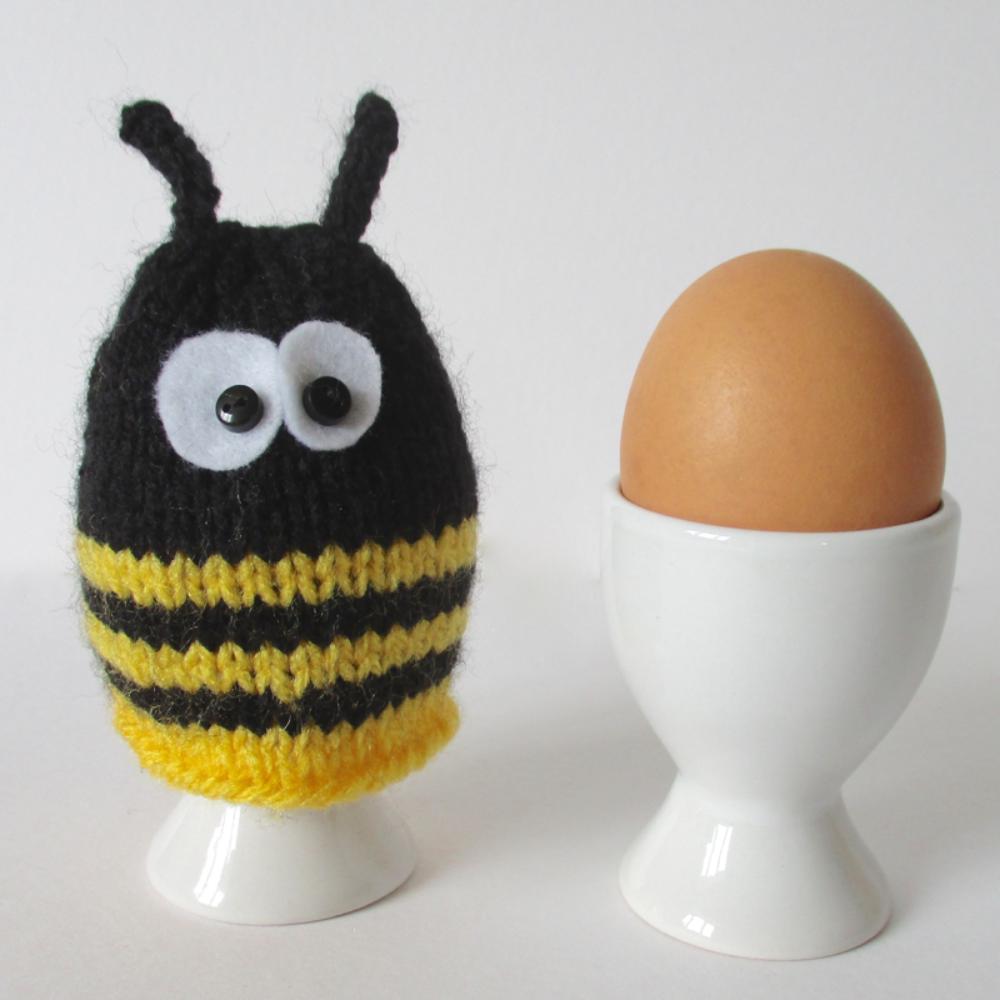 Bumble Bee Egg Cosy