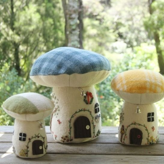A Village of Toadstools - PDF Pattern at Makerist - Image 1