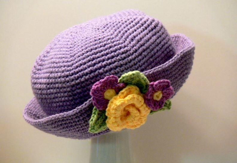 Crochet Pattern - Women's Brimmed Hat, Girl's, Sun Hat, Winter Hat at Makerist - Image 1