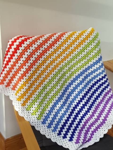 Crochet Blanket, Rainbow, Pattern No24, in both UK and US crochet terms at Makerist