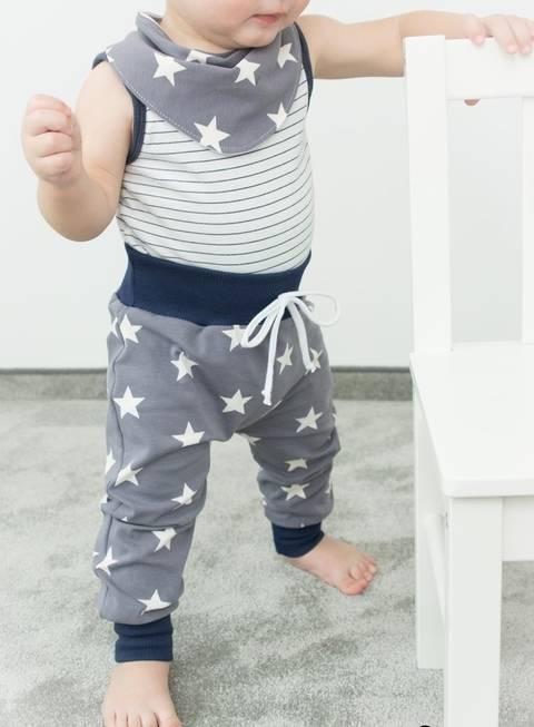 Set Babyhose und Halstuch für die Größen 50 bis 86, Nähanleitung und Schnittmuster bei Makerist