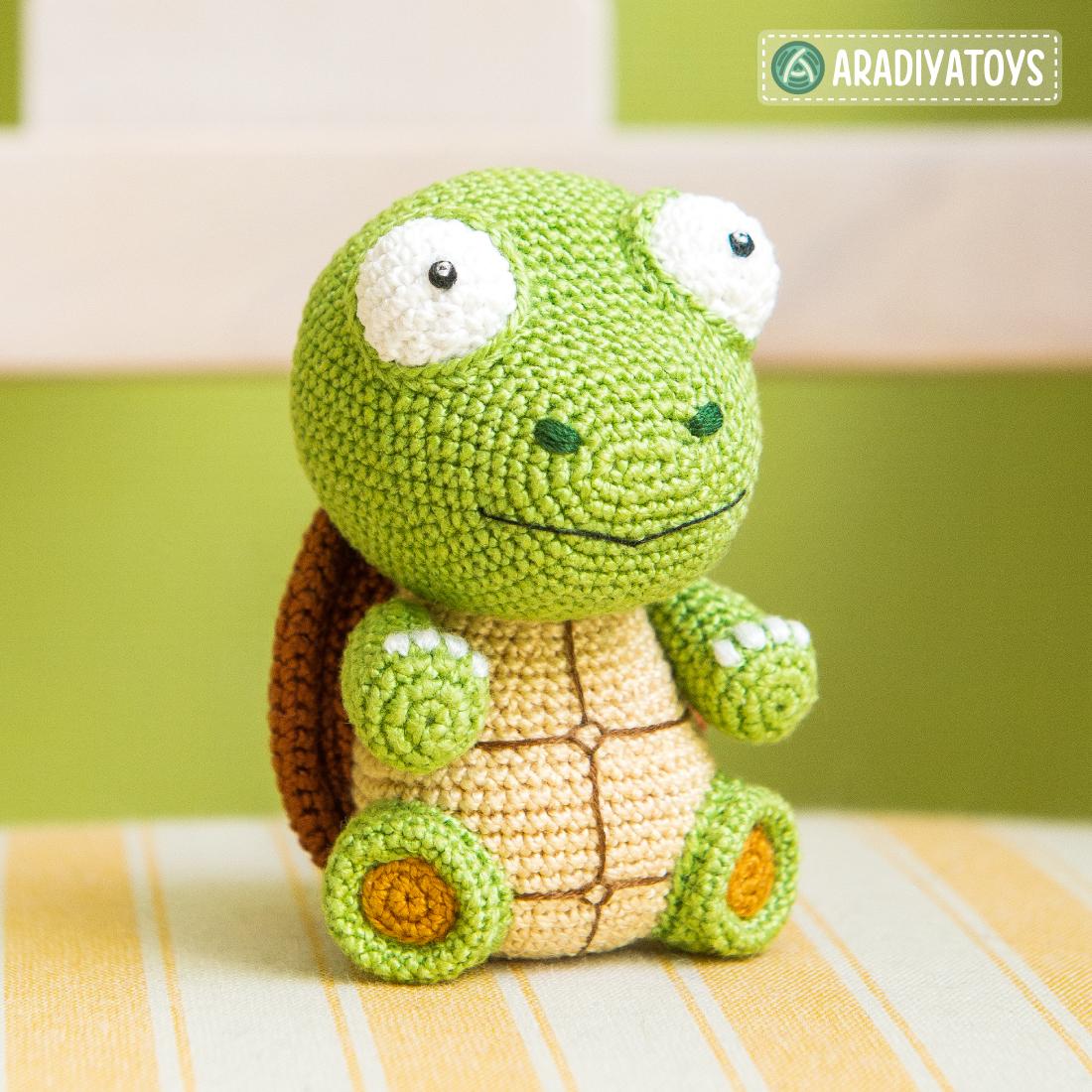 Crochet Pattern of Turtle Gina by AradiyaToys