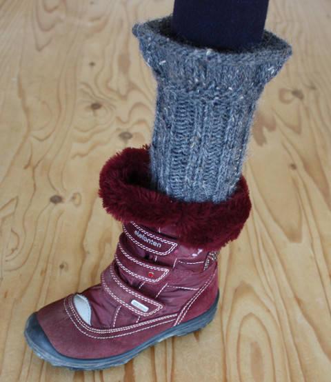 Bariel – Stiefel Stulpen für Mädchen - Anfänger - Strickanleitung