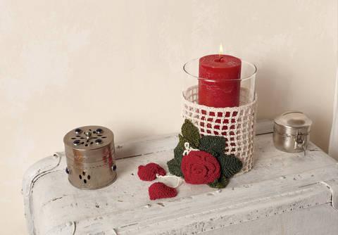 Kerzenhalter Hearts & Roses Häkelanleitung