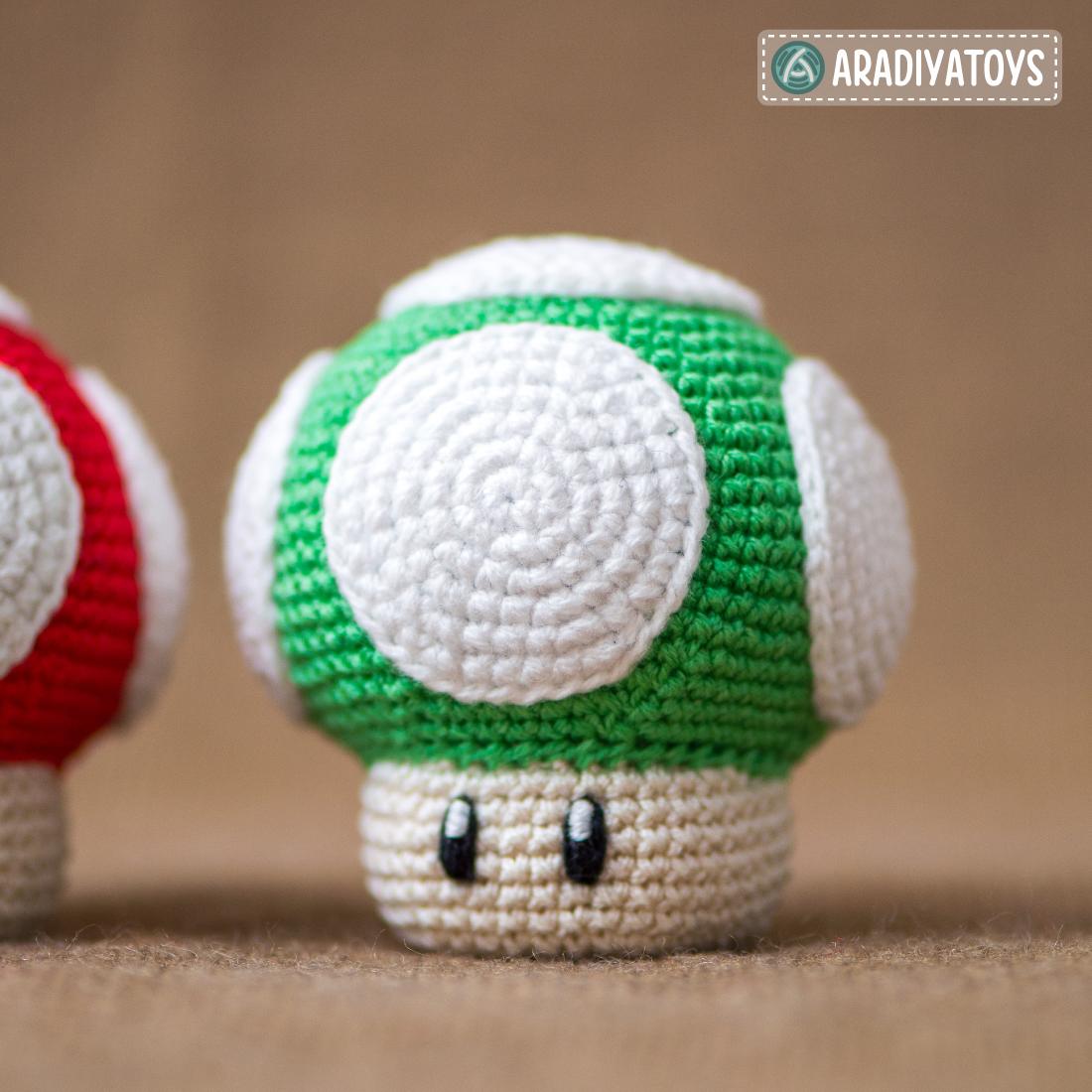 """Crochet Pattern of 1Up Mushroom from """"Super Mario Bros."""""""