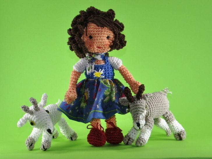 doll Heidi crochet pattern at Makerist - Image 1