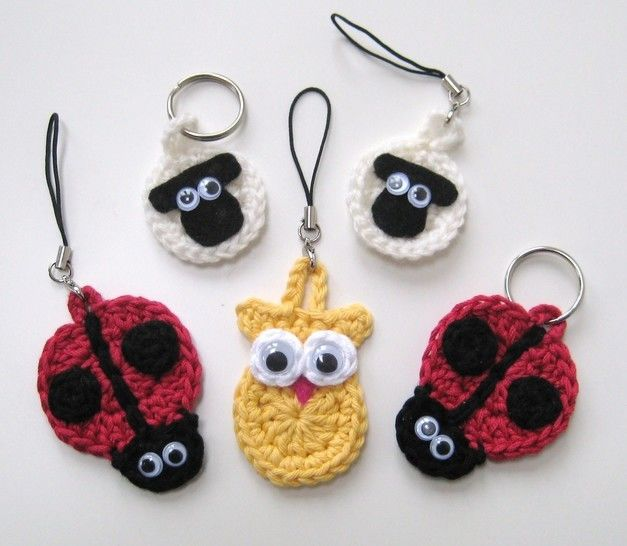 Crochet Animal Keychains, keyrings, sheep ladybird owl, Pattern No7, in both UK and US crochet terms at Makerist - Image 1