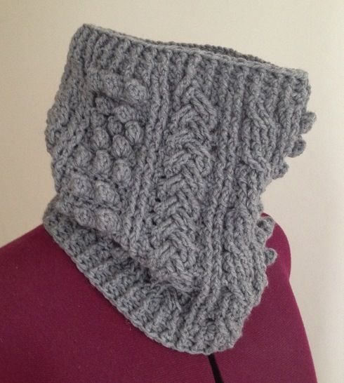 Crochet aran cowl, scarf, wrap, Pattern No21, in both UK and US crochet terms at Makerist - Image 1