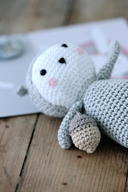 Sweet squirrel English version by Agathe Rose