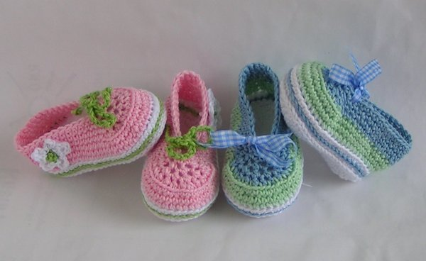 Ballerinas lace-up shoes crochet pattern