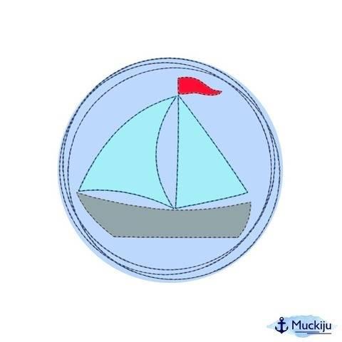 Stickdatei 10x10 Button Segelboot Doodle