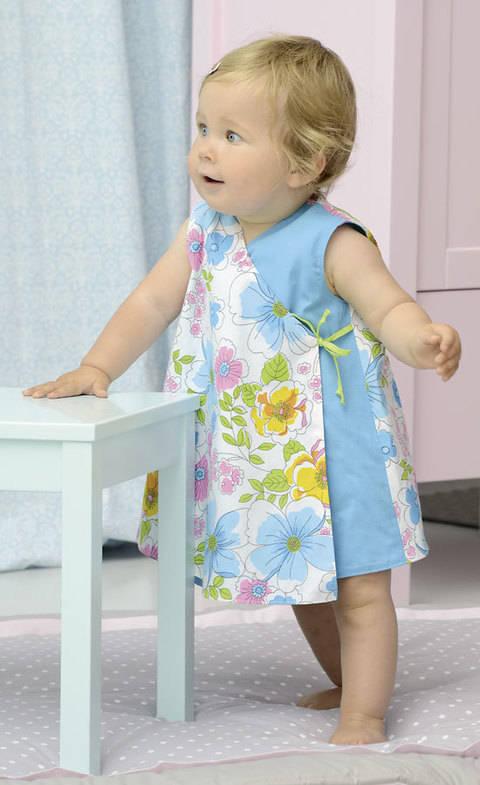 Wickelkleid zum Wenden fürs Baby Nähanleitung mit Schnittmuster bei Makerist