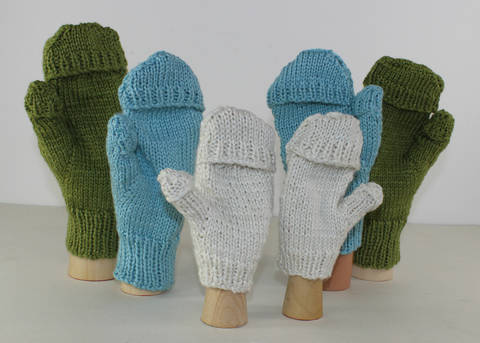 Aran Texting Mittens at Makerist