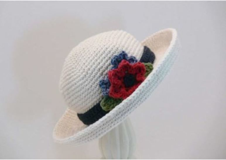Crochet Pattern Womens Curved Wide Brim Hat at Makerist - Image 1