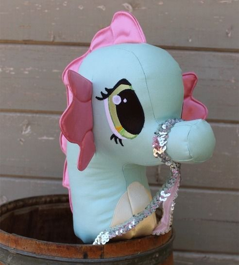 Seahorse Stick Horse Hobby Horse Ride-on Toy at Makerist - Image 1