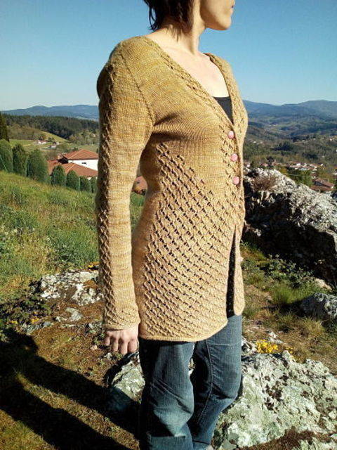 golden bread cardigan (engl)