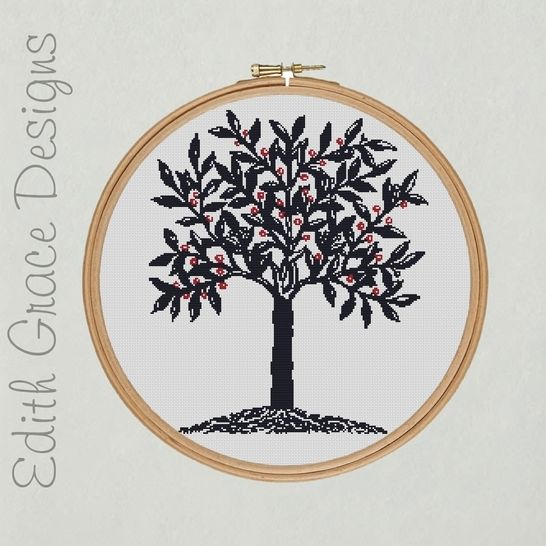 Blue Tree Embroidery Pattern at Makerist - Image 1
