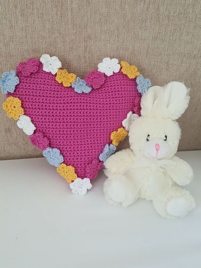 Crochet Cushion, Heart Spring Flowers, Pattern No35, in both UK and US crochet terms at Makerist - Image 1