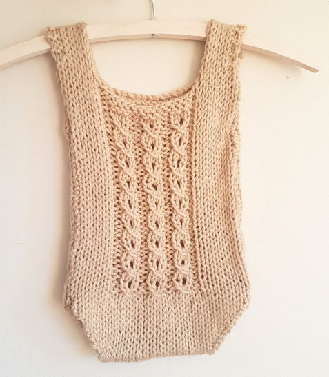 Baby Mock-Cable Romper (6-12 months) at Makerist - Image 1