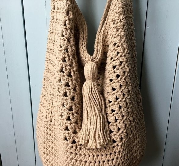 Crochet Bag Pattern / Crochet Tote Bag Pattern (Bucket Bag Beauty) at Makerist - Image 1