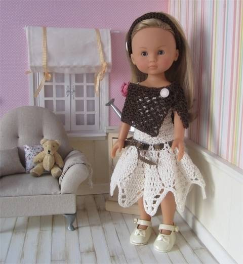 Sarah: crochet outfit for 32-34cm doll at Makerist