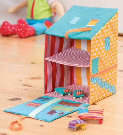 Puppenhaus zum Aufklappen Nähanleitung bei Makerist