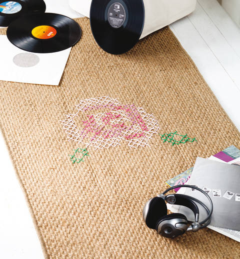 Rosiger Teppich Stickanleitung