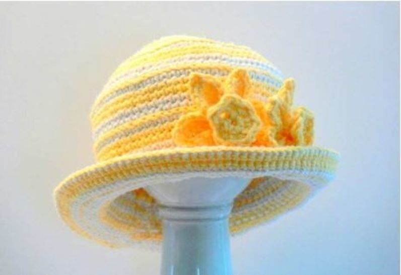 Crochet Girl's Sun Hat with Daffodil Flower # 124 at Makerist - Image 1