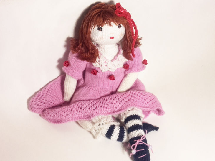 Doll knitting pattern – Finished size : 42 cm (16 ½ inches)–  Number 1 at Makerist - Image 1