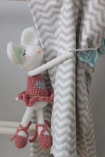 Ballerina mouse curtain tie back at Makerist - Image 1