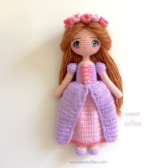 Princess Maeve, Irish Celtic Renaissance Medieval Doll at Makerist - Image 1