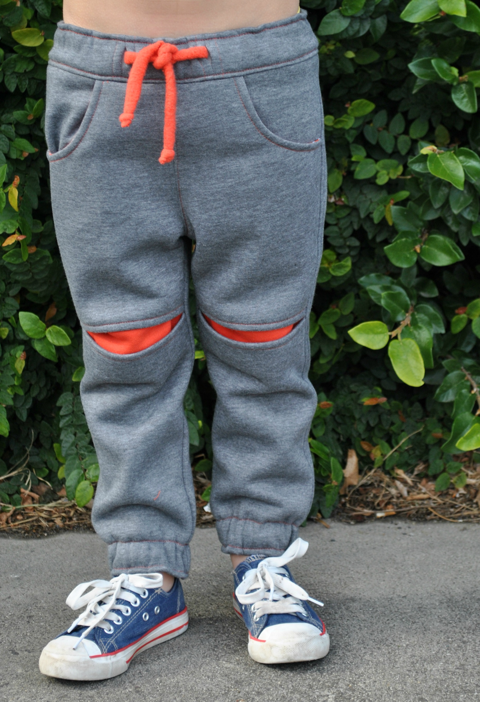 Children's fleece pants pattern ROSCOE PANTS pdf sewing pattern