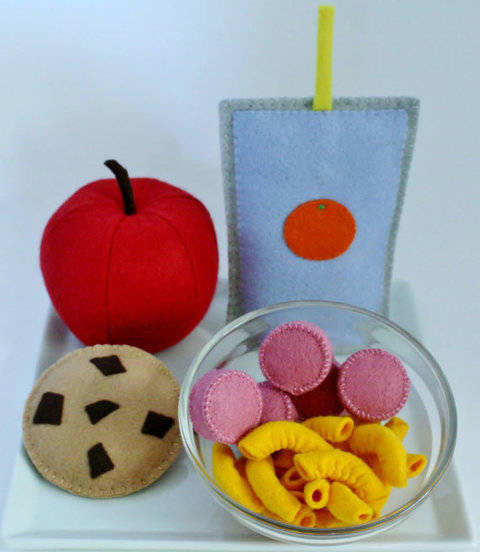 Felt Food Sewing Pattern Macaroni & Cheese at Makerist