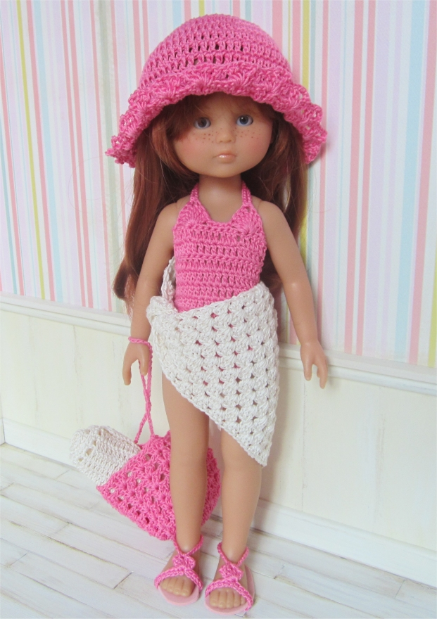Marie on the beach : crochet outfit for 32-33cm doll