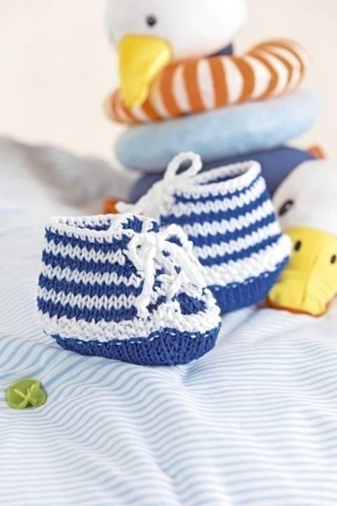 Gestrickte Unisex-Babyschuhe aus Baumwollgarn im Streifenmuster